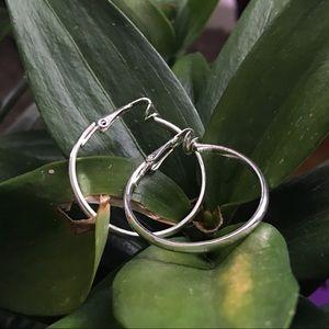 ⭐️3for$20⭐️ Vintage clip on hoop earrings